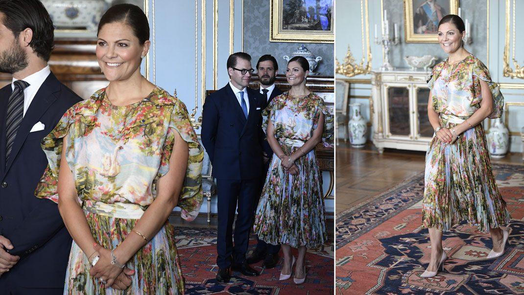 Victoria i Jennifer Blom-klänningen
