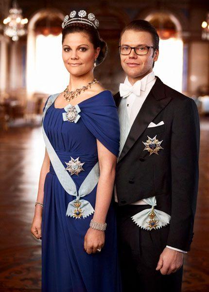 Victoria i Escada och Elie Saab