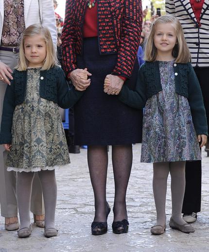 Prinsessornas klänningar - från Nanos
