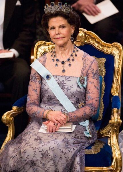Vad väljer drottningen ikväll?