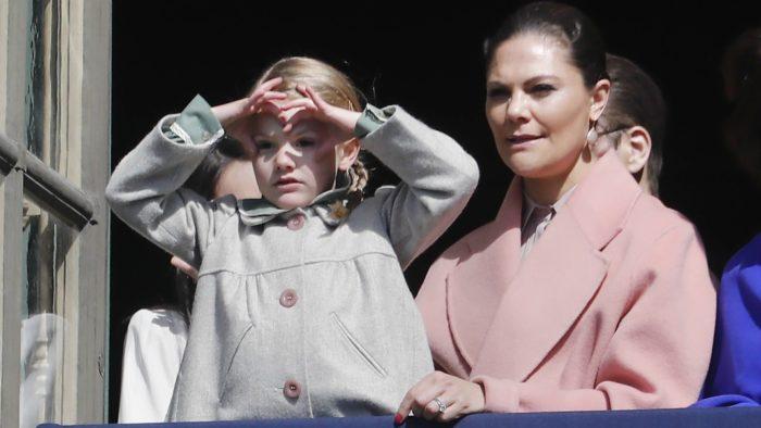 """f1bd6151fd52 I tv-programmet """"Kronprinsessan Victoria 40 år"""", vars första del sänds i  morgon, den 25 maj klockan 20.00 på TV4 berättar kronprinsessan Victoria om  hur ..."""