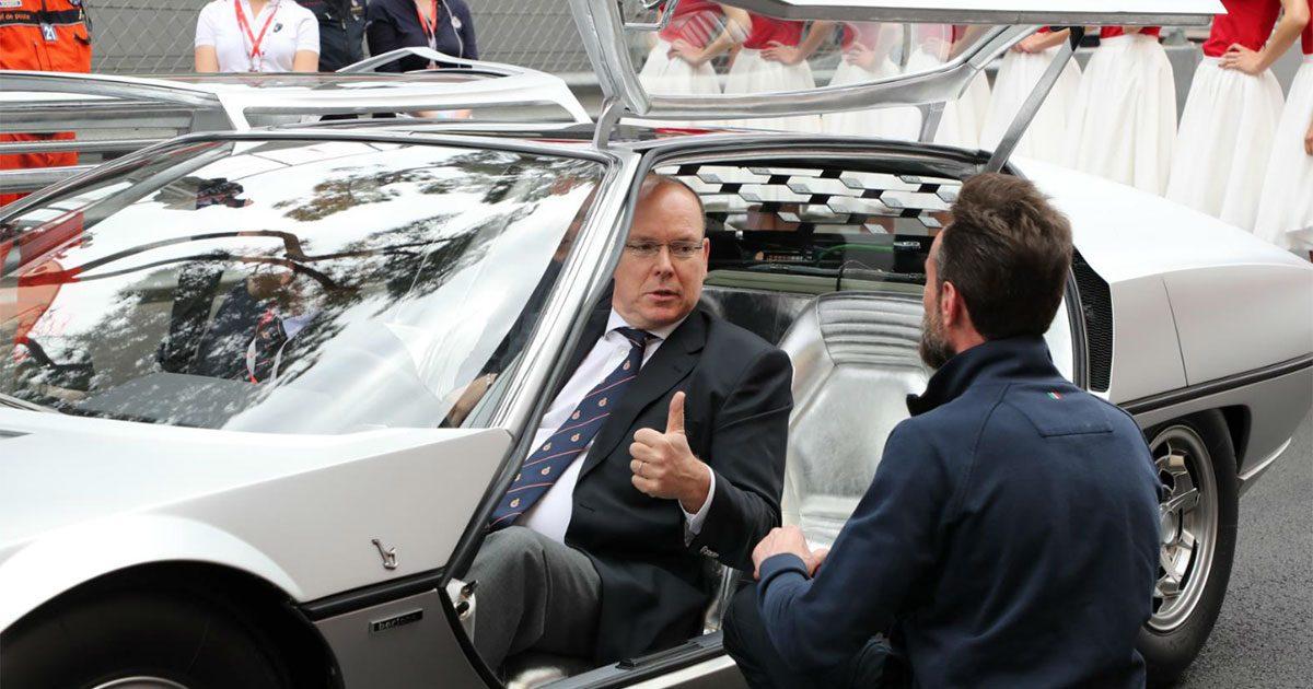 Tummen upp i Monaco